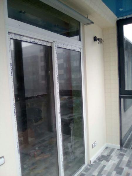 Компания balkongroup занимается остеклением балконов в санкт.